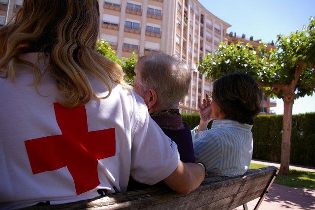 Cruz Roja apoya a las personas cuidadoras no profesionales