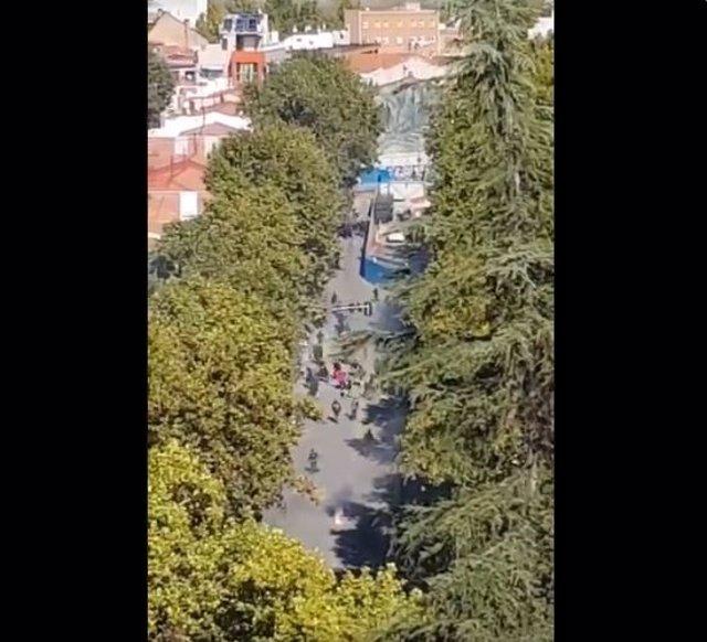 Pelea de aficionados del Rayo y del Barcelona en Vallecas