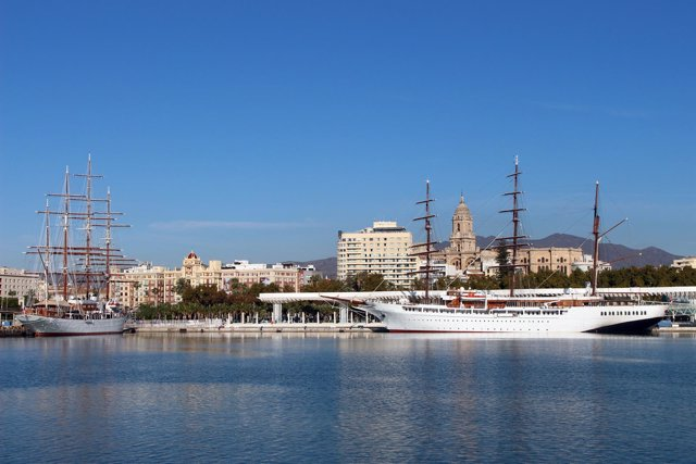 Los buques Sea Cloud y Sea Cloud II en el Puerto de Málaga