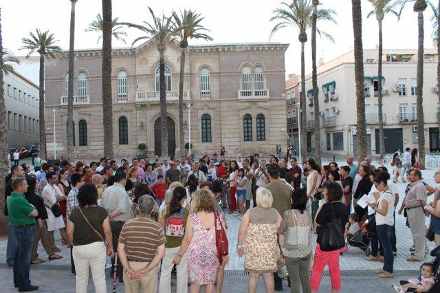Turistas en una visita guiada en Almería