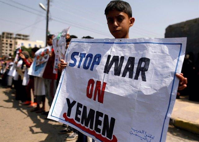 Manifestación contra la guerra de Yemen en Saná