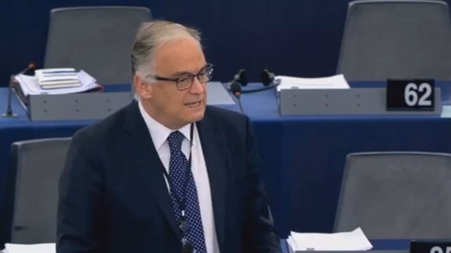 Pons comparece ante la Unión Europea