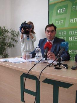 Rafael Amor, presidente de ATA-A.