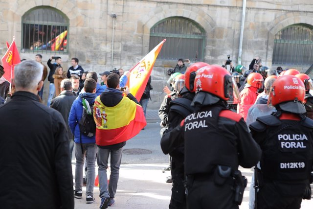 Acto de la plataforma España Ciudadana en Alsasua, Navarra, en el que participan