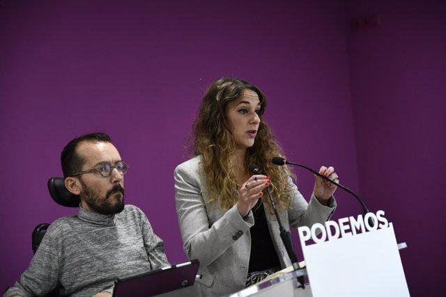 Los portavoces de Podemos, Pablo Echenique y Noelia Vera