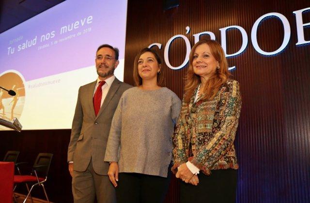 Álvarez (dcha.) con Ambrosio y López en Córdoba
