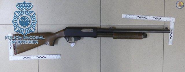 Escopeta utilizada en los tiroteos de la barriada La Plata de Sevilla