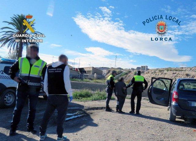 Agentes arresto
