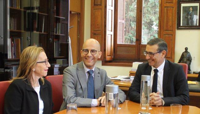 Isabel Soler, Miguel Moreno  y José Luján