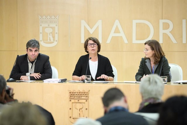 Los concejales Inés Sabanés y Jorge García Castaño