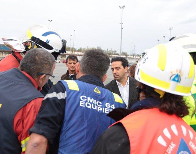 Imanol Lasa y bomberos del proyecto europeo ALERT