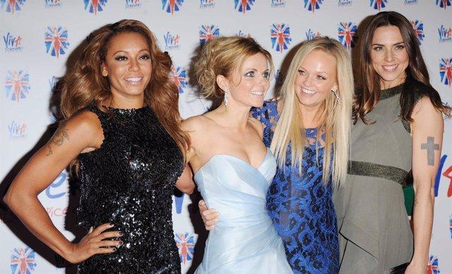 Mel B, Emma, Geri y Mel C de las Spice Girls