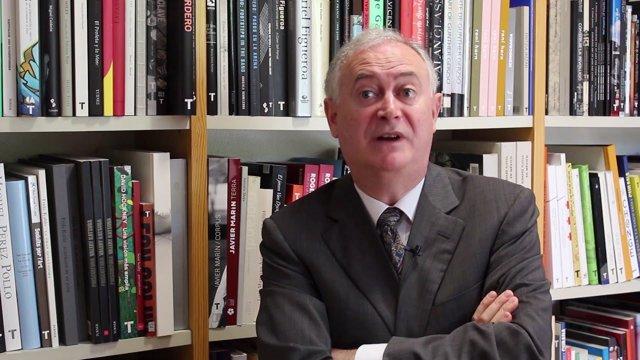 El historiador Enrique Moradiellos