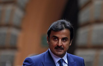 El emir de Qatar asegura que la crisis del Golfo pasará y destaca los logros económicos del país