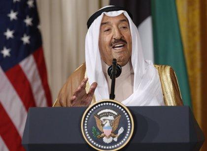 Kuwait suspende la Bolsa por el temporal de fuertes lluvias y vientos