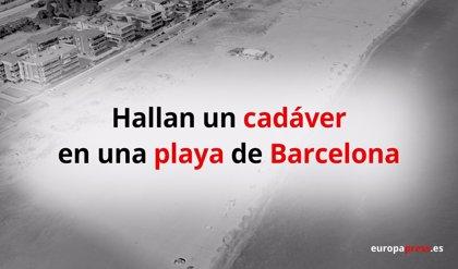 Encuentran un cadáver en la playa de Les Botigues de Sitges (Barcelona)