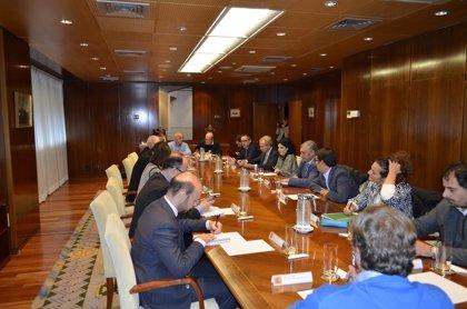 Paralizado el ERE de Cemex para crear una mesa de negociación entre empresa, sindicatos y administración, según CCOO
