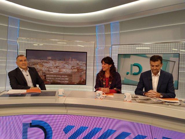 Teresa Rodríguez y Antonio Maíllo durante la entrevista en TVE