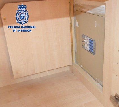 Detenida una mujer hondureña por robar 63.000 euros en la casa donde trabajaba en Murcia (España)