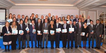 Fundación IDIS entrega 11 nuevos reconocimientos y 28 mejoras de nivel de acreditación a centros sanitarios
