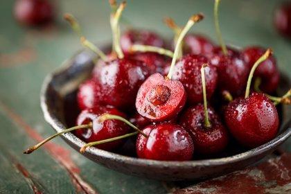 Los alimentos rojos o azules reducen el riesgo de enfermedad cardiovascular (esta es la razón)
