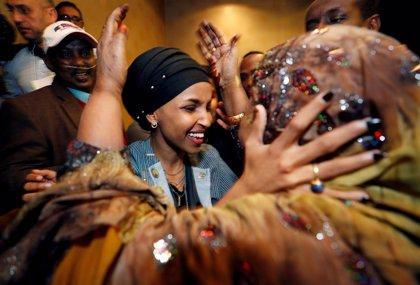 Minnesota y Michigan eligen a las dos primeras congresistas musulmanas en EEUU