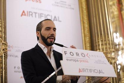 """El favorito de las presidenciales de El Salvador destaca que la caravana pone """"cara"""" al """"drama humano"""""""