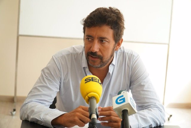Antón Gómez-Reino,. En Marea