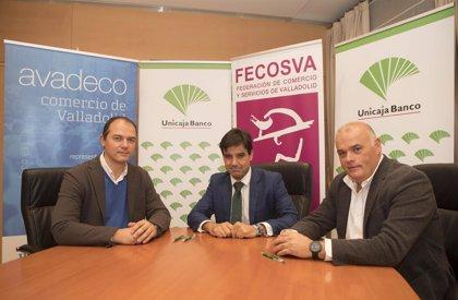 Unicaja llega a un acuerdo con Fecosva y Avadeco y se suma a la campaña de Navidad para impulsar el comercio tradicional