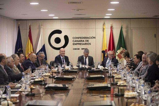 Reunión de Pedro Ortega con la CCE