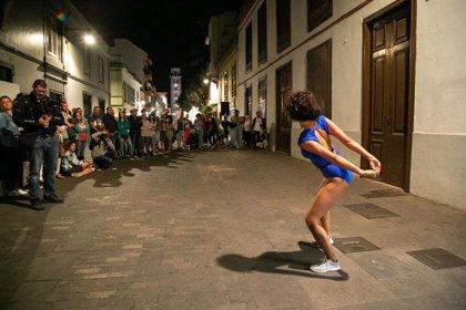 Las calles de Santa Cruz acogerán este viernes actuaciones de danza al aire libre