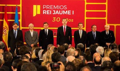 """El Rey en los Jaume I: """"El impulso a la actividad investigadora y al bienestar exige el máximo apoyo social y político"""""""