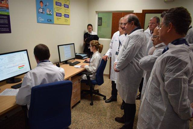 Herrera visita laboratorios Ovejero en León 7-11-2018