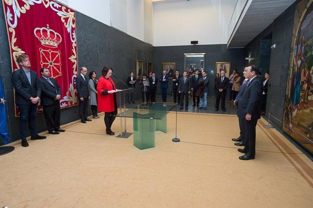 Recepción en el Parlamento de Navarra a la delegación de Yamaguchi