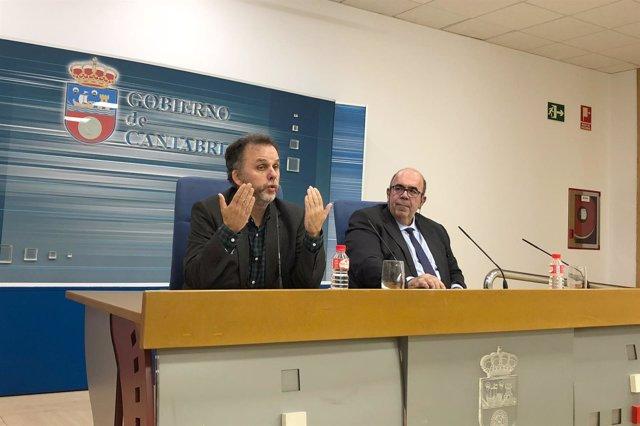 Consejero Medio Rural, Jesús Oria, y director de Medio Natural, Antonio Lucio