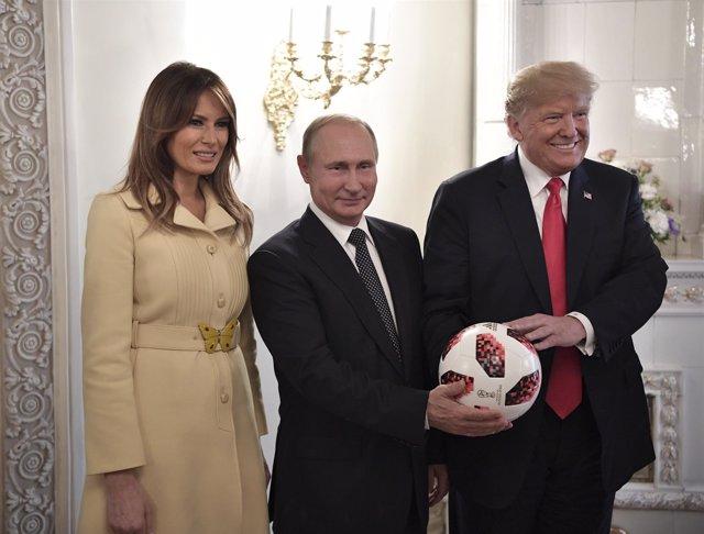 Putin y Trump con Melania en Helsinki