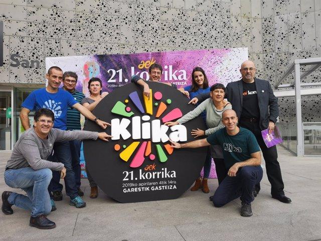 La 21 edición de Korrika unirá la localidad navarra de Puente la Reina y Vitoria bajo el lema 'Klika'
