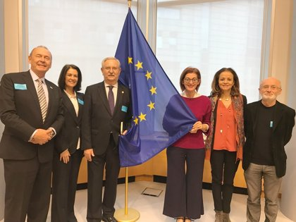 Asociaciones sanitarias y ciudadanas reivindican en el Parlamento Europeo más medidas contra el tabaco