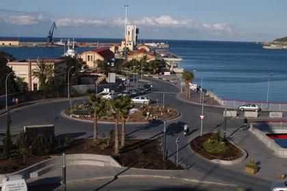 Siete detenidos en Ceuta acusados de traficar con inmigrantes o estafarles con falsos viajes por mil euros