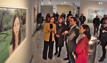 Una exposición muestra en Badajoz la obra ganadora y las finalistas del Premio de Pintura Eugenio Hermoso