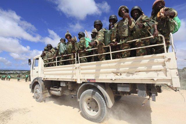 Soldados de la AMISOIM