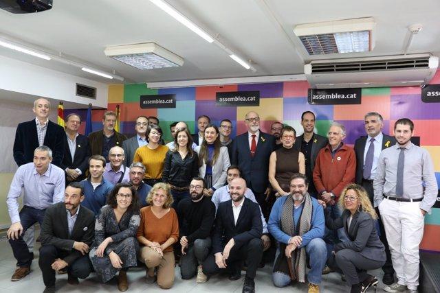Los 40 candidatos a las primarias para candidatura independentista en Barcelona