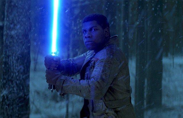 John Boyega es Finn