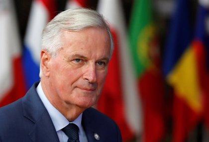 El negociador de la UE insiste en que falta camino para el acuerdo y Tusk y May hablan para evaluar opciones