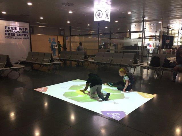 Zona infantil en aeropuerto de Ibiza