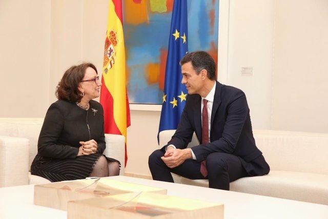 Pedro Sánchez y Rebeca Grynspan
