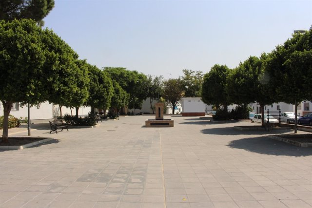 Plaza de Coria dedicada a Joaquín Navarro