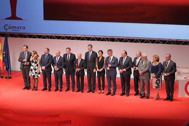 Los Reyes Felipe VI y Letizia presiden la Noche de la Economía Valenciana