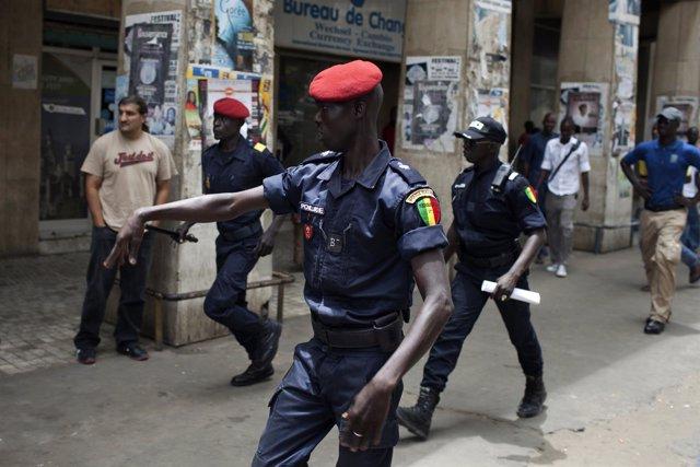 Policía en Tanzania
