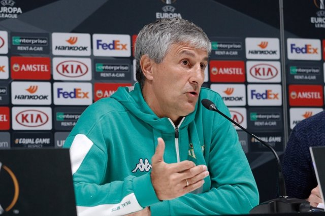 El entrenador del Real Betis, Quique Setién